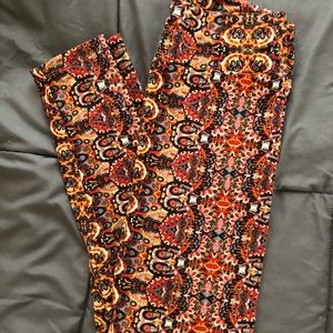 Printed Lula Roe one size leggings, like new